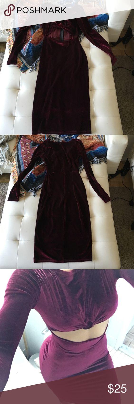 Missguided Velvet Knot Dress - worn 1x!!! Burgundy Missguided Knot dress - prefect condition - worn 1x! Missguided Dresses Midi