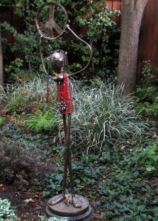 Metal garden art garden garden stuff garden ideas lady sculpture