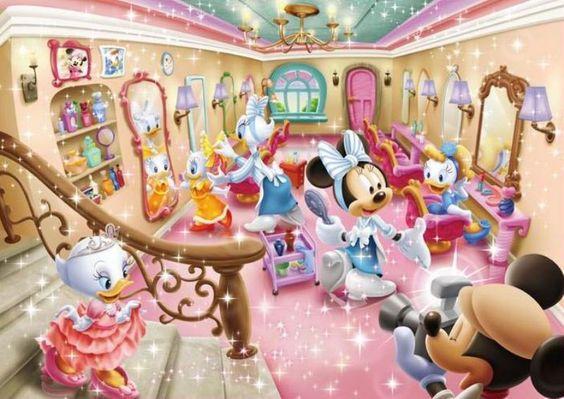 写真を撮っているミッキーマウスとその仲間たち