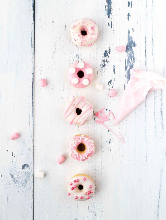 Mini Pretty Pink Donuts   La Raffinerie Culinaire