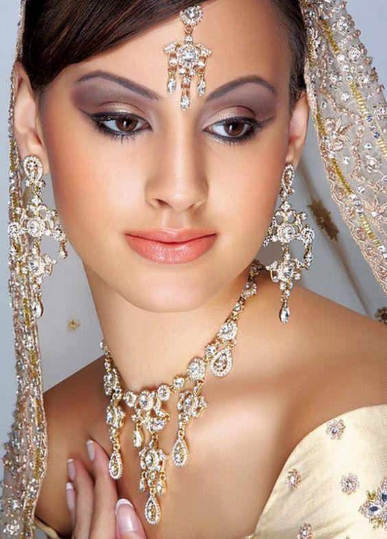 ... indian bridal; beautiful asian bridal makeup bridal eye makeup ideas bridal eye makeup images wedding makeup ideas for ...