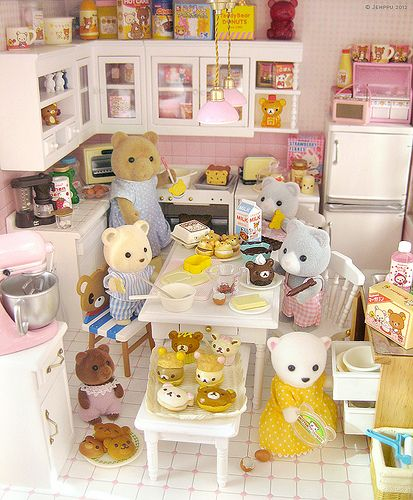 "Amazing scene ""Baking day"" by Jemppu M  #calicocritters #sylvanianfamilies:"