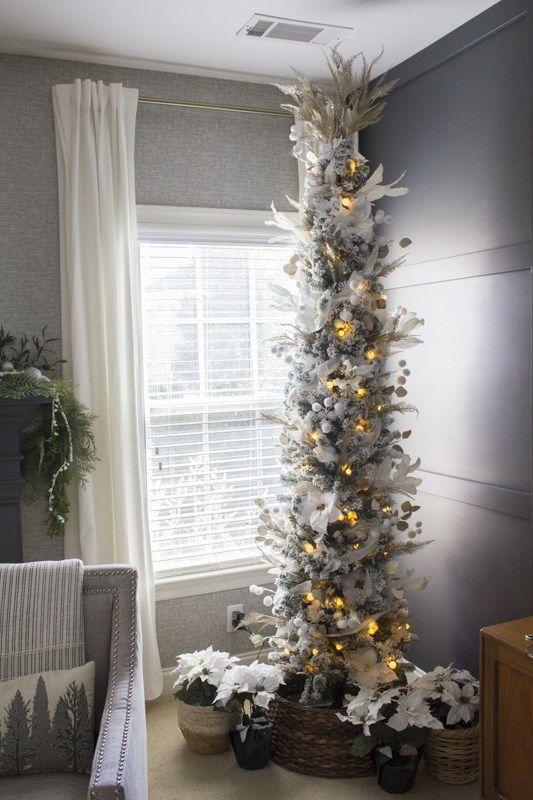 40 Stunning Christmas Tree Ideas Your Family Will Love Christmas Tree Design Christmas Tree Themes Farmhouse Christmas Tree