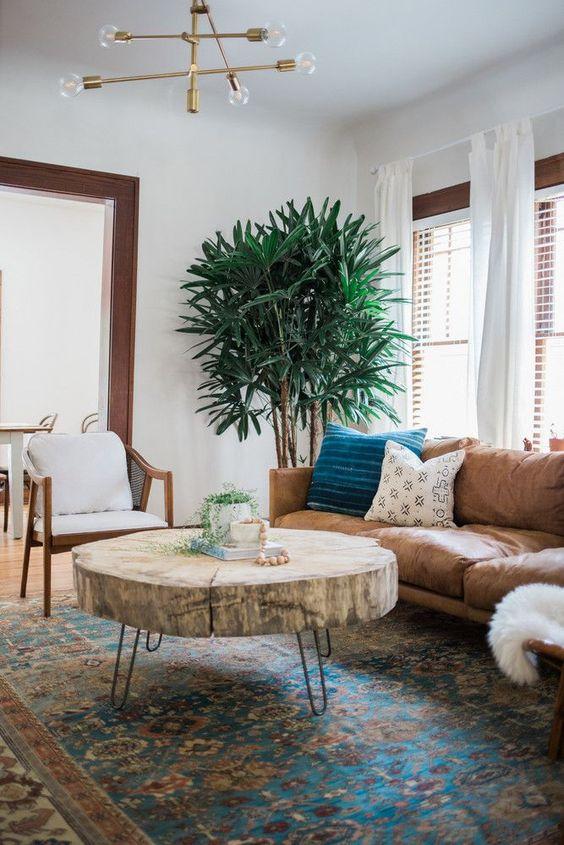 Trang trí hòng khách đẹp hợp phong thủy nên mua sofa da thật ở đâu