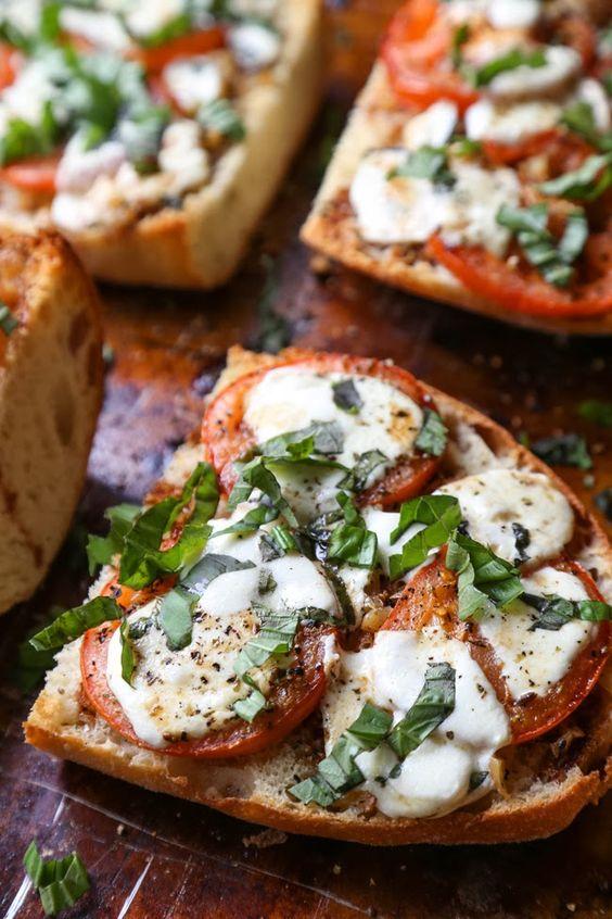 Garlic Bread Margherita Pizza                                                                                                                                                     More