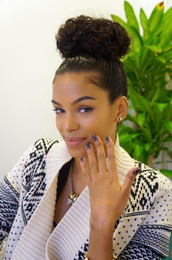 Marvelous Buns Curly Girl And Curly Bun On Pinterest Short Hairstyles For Black Women Fulllsitofus