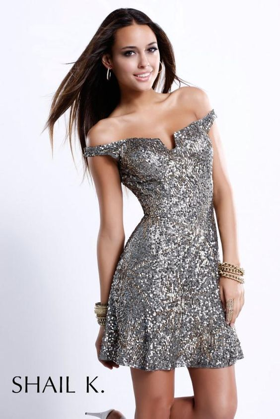 Curvy Women in Tight Dresses  Sexy Silver Short Prom Dresses at ...