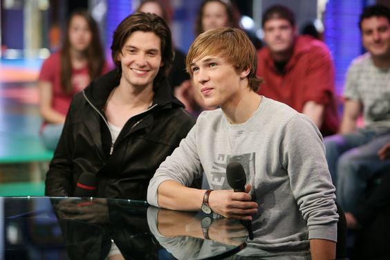 William Moseley and Ben Barnes MTV's Total Request Live at the MTV Times Square Studios in New York City (5-5-2008)