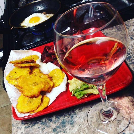 Na así estamos #biendeplatanos me dio pa eso #homemadefritura by pontedcache_con_guerrero at http://ift.tt/1MG2FUn
