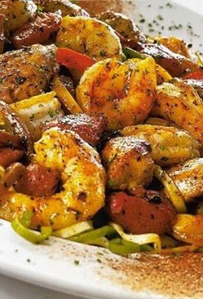 Cajun Jambalaya Pasta with Chicken, Shrimp, and Bell Peppers