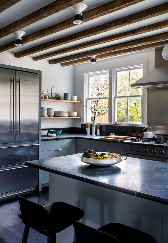 Kitchen of the Week: Hudson Valley Farmhouse Kitchen Reborn