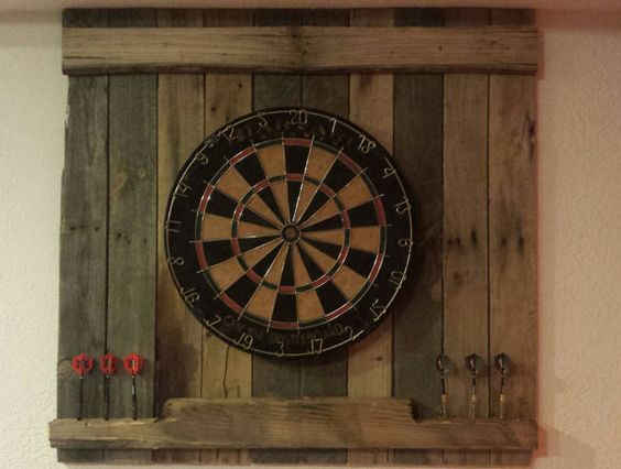 Dart Board Darts And Pallet Wood On Pinterest