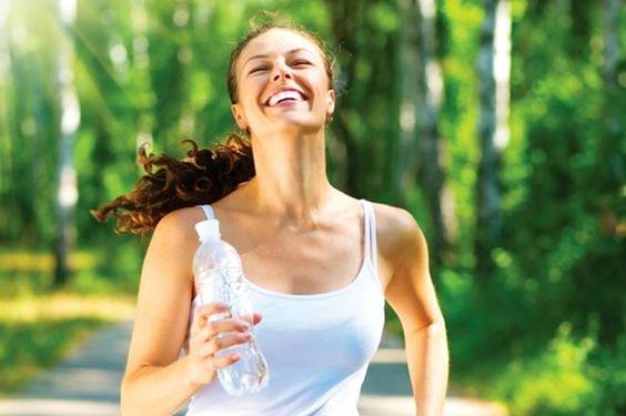 Trening biegowy, a odpowiednie nawodnienie organizmu
