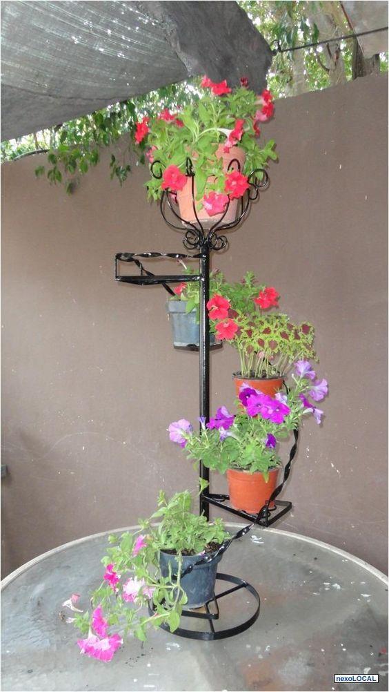 Porta maceta de hierro para jardin buscar con google - Pedestales para macetas ...