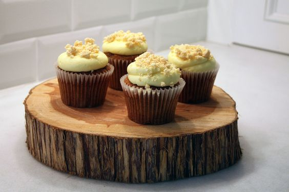 Hummingbird Cupcakes with Lemon Cream Cheese Frosting
