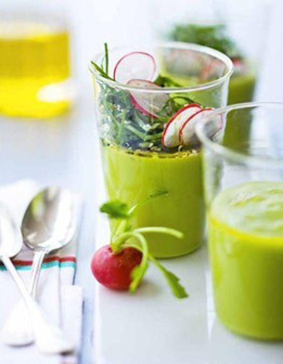 Velouté glacé d'avocat à l'oseille fraîche - 50 recettes pour se mettre au vert - Elle à Table