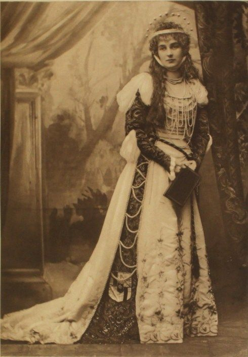 The Countess of Mar as Beatrice Portinari the woman who inspired Dante at the Duchess of Devonshire's Ball c.1897