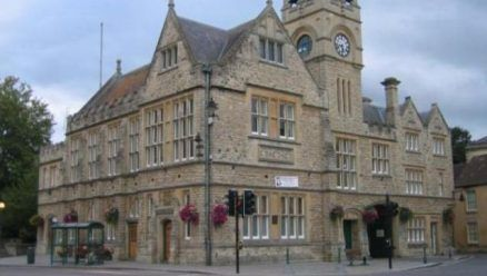 Wedding Fair - Calne Town Council have great pleasure in inviting you to take part in our Wedding Fair, at The Town Hall, Calne, on Sunday 1st March 2015, from 11am – 3pm.