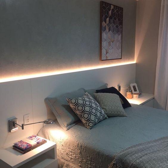 寝室 ベッドヘッド間接照明例