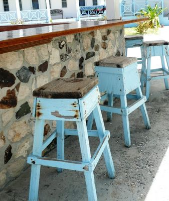 Note to self:  make some of these cute stools.