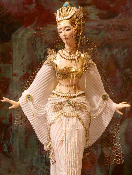 ༻⚜༺ ❤️ ༻⚜༺ Doll*icious Beauty | Enchanted Dolls // By Alexandrea Sasha Khudyakova ༻⚜༺ ❤️ ༻⚜༺