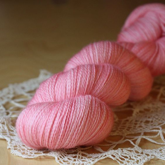 Beurre / Laceweight / Carnation Superwash Merino Wool