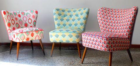 fauteuil-cocktail-vintage-rouge-tissu-motifs