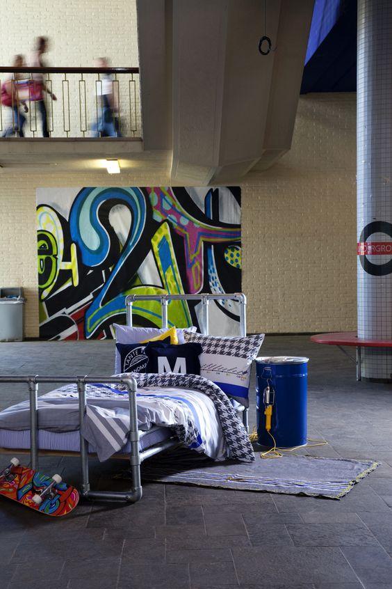 Graffiti behang van eijffinger. Als de jongens groter zijn lijkt dit ...