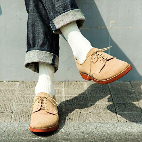 【メンズ靴下おすすめブランド10選】足元からおしゃれになろう