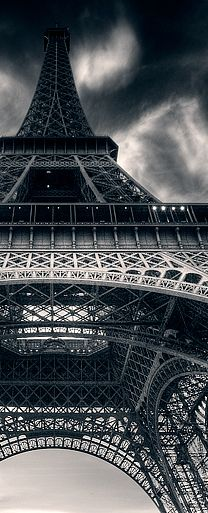 Tour Eiffel / Photo by Roger Madsen