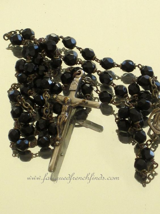 Antique French Jet Faceted Glass Mourning Rosary www.fatiguedfrenchfinds.com