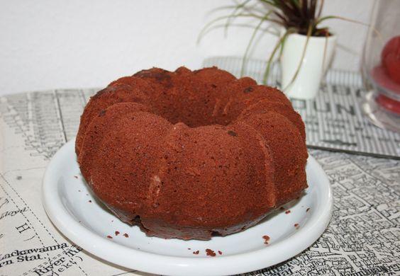 Schoki macht glücklich: Saftiger Schokoladenkuchen #ichbacksmir #gugl