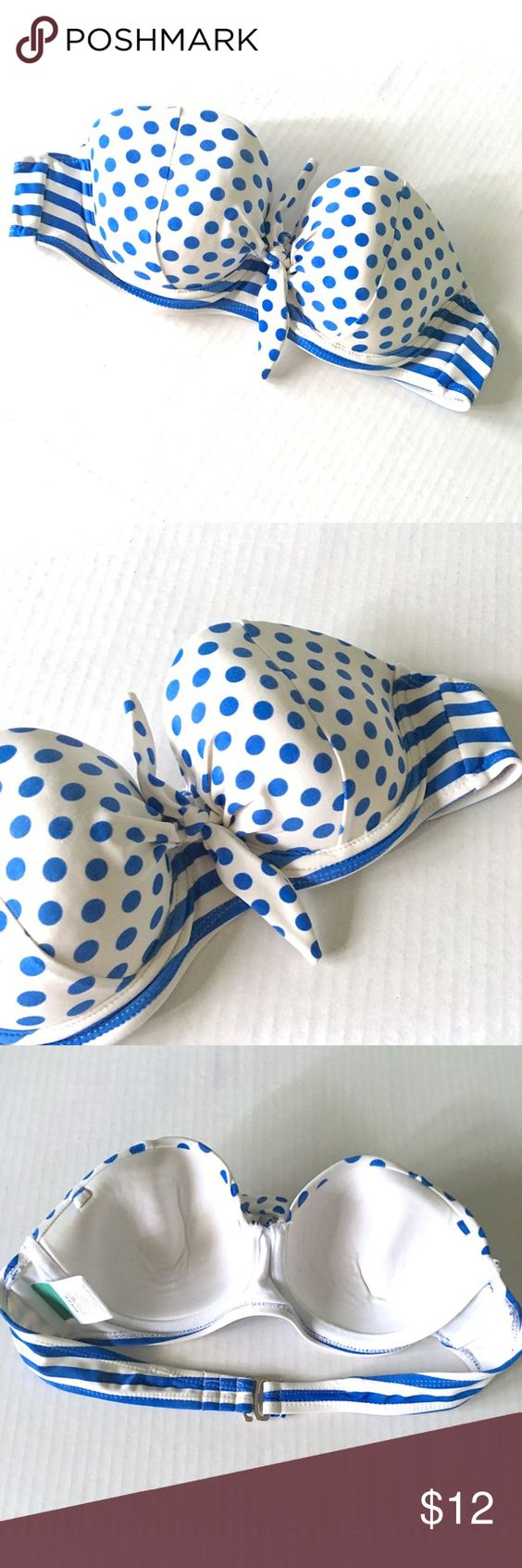 Polka Dot Bandeau Bikini Top Sz S (4/6) Blue Polka Dot Bandeau Bikini Top // has place for a halter strap, but I don't have one to include with it // Collections by Catalina // lightly padded // Same Day or Next Day Shipping!! Offers Welcome! // 20% off 3+ Bundles! // 8.7.12 Catalina Swim Bikinis