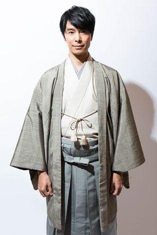 和服の長谷川博己