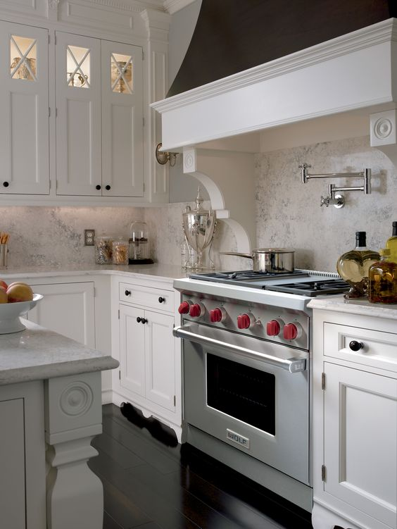 All the features Wolf is known for remain in the new gas ranges. Click here to learn more! #NewWolfGasRanges