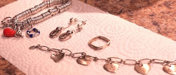 Silver cleaning and silver jewelry on pinterest for How to clean jewelry with baking soda
