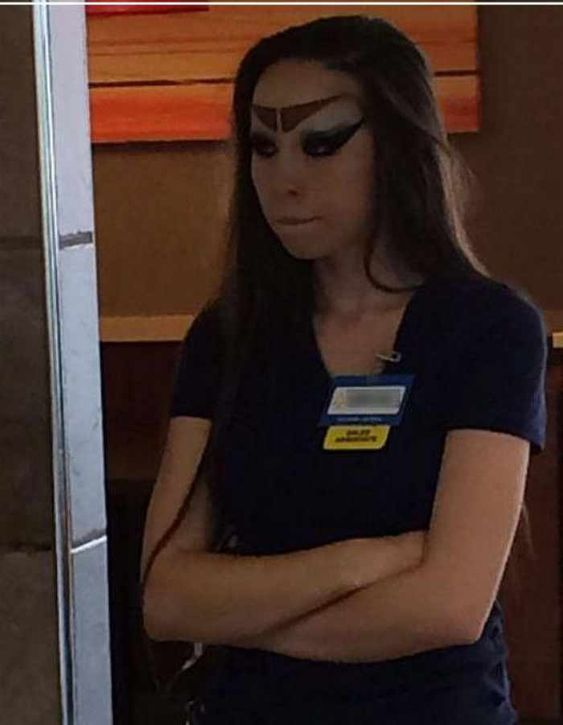 Wal-Mart employee. Because they like to fuck ppl on pay, she couldn't afford a make over. --- http://tipsalud.com -----