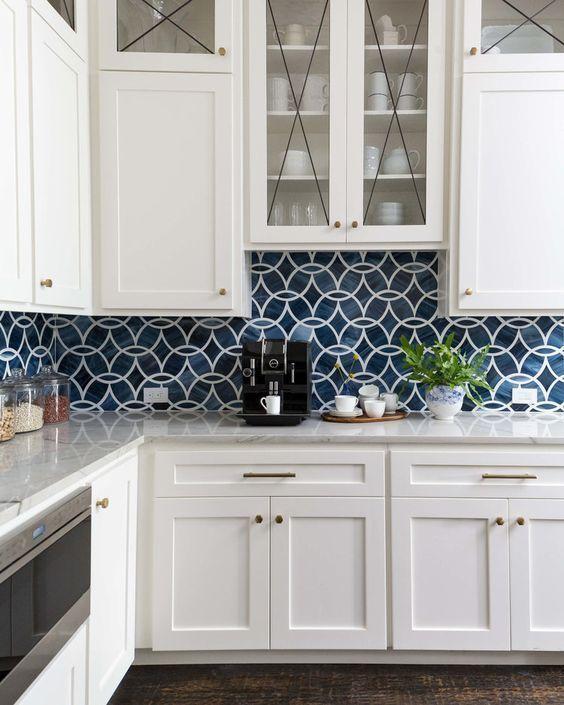 11 Fresh Kitchen Backsplash Ideas For White Cabinets In 2020 Kitchen Makeover Blue Backsplash Kitchen White Kitchen Design