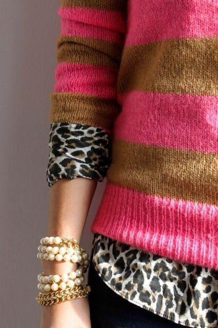 Para agregar un toque diferente a esa prenda favorita o hacerla mas grande con solo añadir tela por debajo y en las mangas simulando dos prendas ★