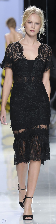 Fashion Show : Spring 2018 Carla Ruiz #FashionShow https://inwomens.com/2018/02/22/fashion-show-spring-2018-carla-ruiz/