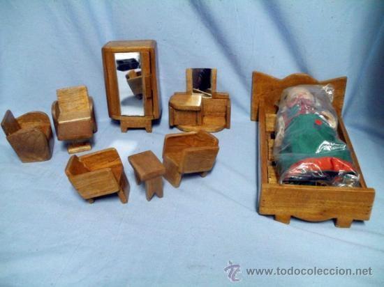 Conjunto de muebles para casa de muñecas, tipo decó, en madera barnizada, artesanal, Años 30-40 c. - Foto 1