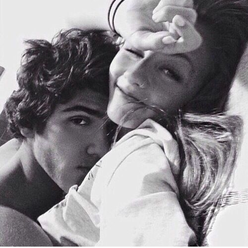 I want to take a picture like this with my boyfriend