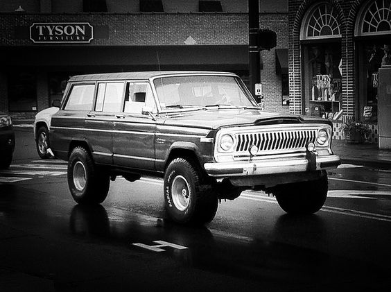 Black Mountain Jeep by doctorhectic, via Flickr