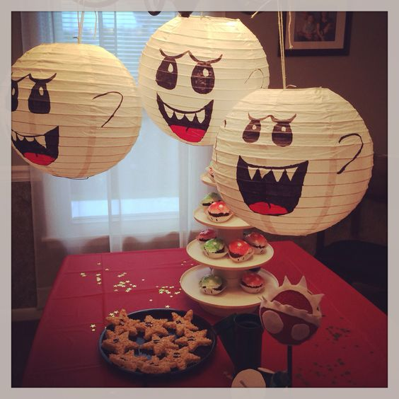 King Boo lanterns and other decorations for Mario Bros party