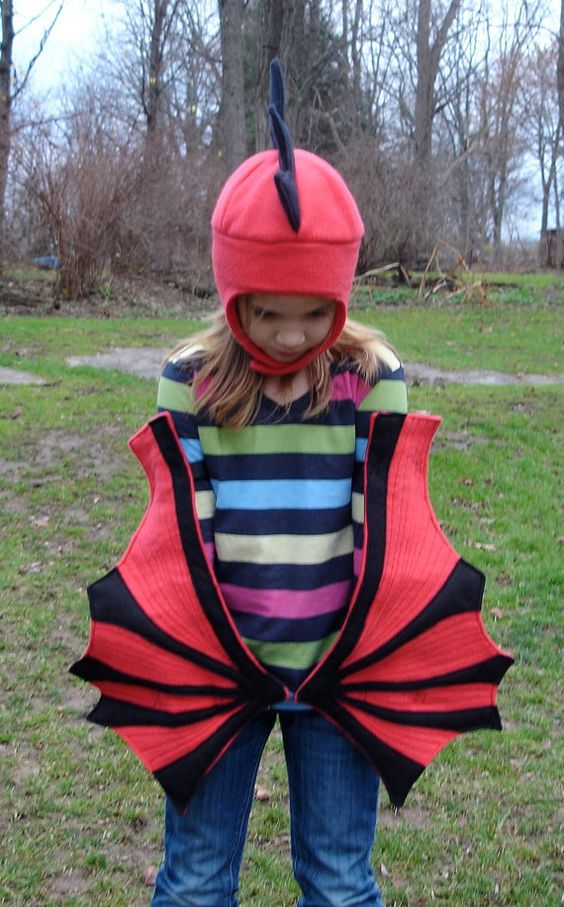 Children's Dragon Wings and Hat set - For Bigger Kids Who Still Soar. $70.00, via Etsy. so so cute and sooooo easy!