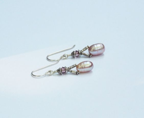 Hey, I found this really awesome Etsy listing at https://www.etsy.com/listing/198330876/pink-pearl-and-swarovski-crystal-earings