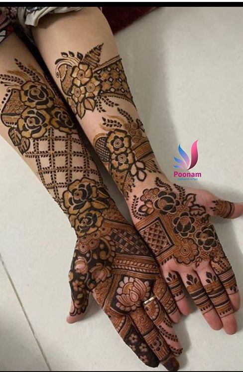 Pin By Usha Bhandari On Aaliyah S Elegant Henna In 2020 Dulhan Mehndi Designs Wedding Mehndi Designs Rose Mehndi Designs