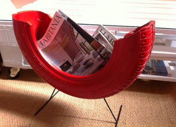 06 - Revisteiro vermelho feito com pneu: