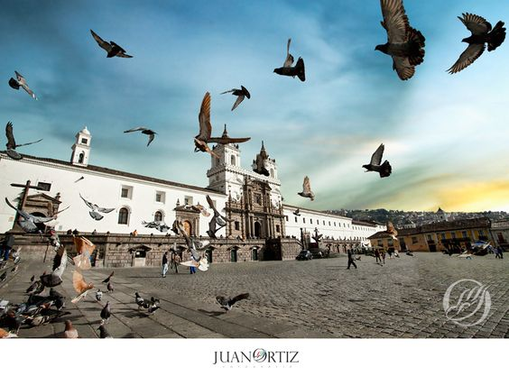 #quito #quitomagico #travel #plaza #sanfrancisco #centrohistorico #ecuador #palomas #iglesia #atardecer #magic