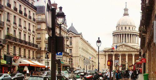 Paris roteiro pronto 7 dias